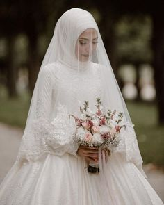 Custom 2017 Arabic Muslim Champagne Lace Long Sleeve Wedding Dresses With Hijab Islamic Bridal Wedding Gowns Robe De Mariage - Fashion Malay Wedding Dress, Muslim Wedding Gown, Muslimah Wedding Dress, Muslim Wedding Dresses, Wedding Dress With Veil, Muslim Brides, Bridal Dresses, Muslim Couples, Wedding Hair