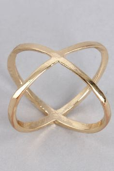 gold knuckle ring / lulu's