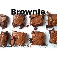 Brownie LowCarb❣ ✅Ingredientes: ✔️150g de farinha de avelã (pode ser outra oleaginosa, mas com avelã fica com gosto de nutela ) eu fiz com amêndoas e nozes. ✔️100g de xilitol ( eu fiz com Stevia msm) ✔️150g de manteiga ✔️200g de chocolate acima de 80% de cacau picado ✔️2 colheres de cacau em pó ✔️1 colher (café) de extrato de baunilha ✔️1 colher (café) de bicarbonato de sódio ou fermento em pó. ✔️4 ovos ✅Modo de fazer: ✔️Derreta a manteiga e o chocolate juntos, depois acrescente a…