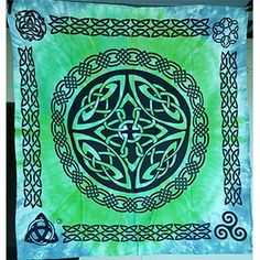 "Shield Knot altar cloth 36"" x 36"""