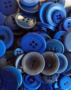 BULK Buttons Blue OVER 100 by Boxtreasures on Etsy, $3.99