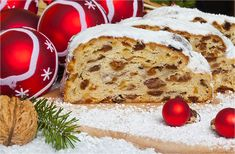 Food and Drink at German Christmas Markets Christmas Stollen Recipe, German Christmas Food, German Christmas Markets, Christmas Fruitcake, Christmas Recipes, Fruit Recipes, Dessert Recipes, Christmas Popcorn, Christmas Cookies