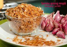 Bawang goreng renyah Food N, Food And Drink, Mie Goreng, Malay Food, Indonesian Cuisine, Indonesian Recipes, Tasty, Yummy Food, Yummy Cookies