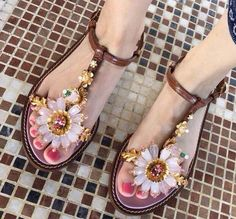 >> Click to Buy << hot sell flats women sandals fashion crystal flower sandals t-strap buckle ladies shoes pretty appliques shoes women beach shoe  #Affiliate