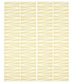 indoor/outdoor recycled rug that is machine washable. perfect for sunny deck picnics