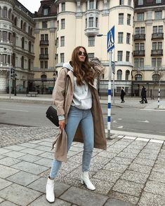 winter outfits dressy Fashion Winter Outfits SchoolYou can find Nature and more on our website. Winter Outfits For Teen Girls, Winter Mode Outfits, Winter Dress Outfits, Casual Dress Outfits, Winter Fashion Outfits, Look Fashion, Trendy Outfits, Cute Outfits, Dress Winter