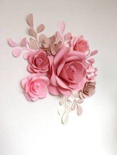 Resultado de imagem para casamento com flores de papel