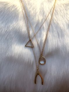 wishbone layered necklace//