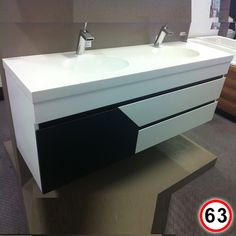 Custom Made Love Boat Vanity (1500 x 470) - Corian Double Round by Dupont - Sannine