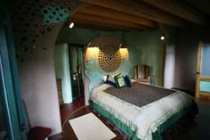EarthShip Bedroom, I love the colors in here.