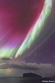 ✯ Northern lights over Fugloy