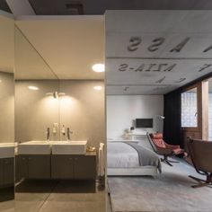 The arts&residence Casa do Conto (House of Tales) is a charming building in the emerging Cedofeita area in central Porto Bathroom Lighting, Typography, Mirror, Building, House, Furniture, Home Decor, Porto, Bathroom Light Fittings