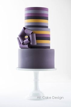 Oh So Pretty Wedding Cake inspiration - Cake: AK Cake Design