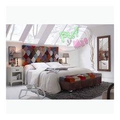 Cabecero Vintage Klimt - Cabecero Vintage Klimt- Cabecero realizado al más puro estilo patchwork, con pequeñas piezas de terciopelo de colores, consiguiendo un trabajo artesanal con un resultado impactante y colorido. Medidas: 84x140x8; 84x160x8
