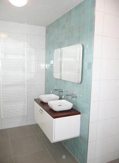 Zellige tiles on the feature wall Bathroom Toilets, Bathroom Kids, Bathroom Renos, Bathroom Design Small, White Bathroom, Master Bathroom, Mint Green Bathrooms, Retro Bathrooms, Blue Glass Tile