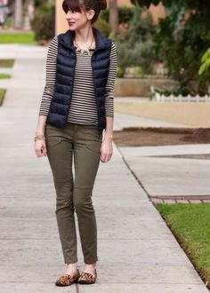 Coletes de nylon: os puffy vest são a febre fofinha da estação - Moda que Rima