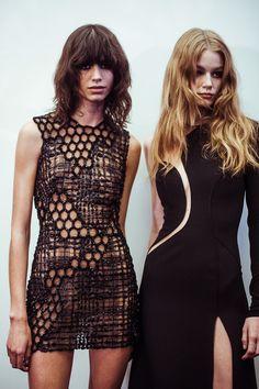 En backstage du défilé Atelier Versace haute couture printemps-été 2015