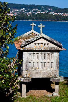 Horreo de pedra  Pontevedra  Galiza  Spain