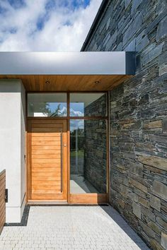 New Build In County Armagh Modern Entrance Door, House Entrance, Bungalow Exterior, Modern Farmhouse Exterior, Garden Front Of House, House Front, House Designs Ireland, Self Build Houses, Woodland House
