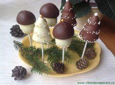 Nepečená dortová lízátka Christmas Candy, Christmas Cookies, Slovak Recipes, Cake Recipes, Sweet Tooth, Cheesecake, Frozen, Goodies, Food And Drink