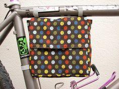BICICLETERÍA ORIGAN: Bolsa hecha por tí. tipo alforja para colocar y desmontar de tu cleta
