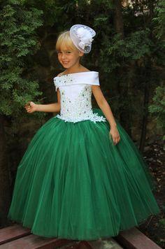 Green Flower Girl Dress Birthday Wedding by Butterflydressua