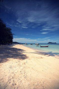 #beach, koh #phangan #thailand by  kokonieczny  Source: Flickr