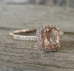 Peach champagne color saphire & diamonds ring.