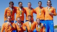 #rio2016 BRONS De Nederlandse mannen acht heeft zich zaterdag verzekerd van het brons bij de roeifinale op de Olympische Spelen in Rio de Janeiro. Kaj Hendriks, Dirk Uittenbogaard, Boaz Meylink, Boudewijn Roell, Olivier Siegelaar, Tone Wieten, Mechiel Versluis, Robert Lücken en Peter Wiersum moesten alleen Groot-Brittannië en Duitsland voor zich dulden. De ploeg van coach Mark Emke eindigde in Rio in een tijd van 5.31,59. Het goud was voor wereldkampioen Groot-Brittannië (5.29,63)