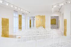http://blog.bureaubetak.com/post/146939127509/dior-couture-fw16-ateliers-christian-dior