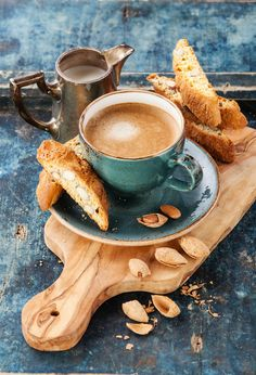 Check out Coffee cup and cantucci by liskina-nora on Creative Market Amazing Food Photography, Coffee Photography, Food Photography Styling, Food Styling, Coffee Shot, Coffee Cafe, Coffee Break, Brunch, Autumn Coffee
