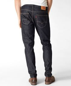 Chad's favorite fit of Levi's- 520 Taper.