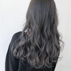 大人のダークグレージュ Permed Hairstyles, Cool Hairstyles, Japanese Hairstyles, Korean Hairstyles, Korean Hair Color, Ashy Hair, Ulzzang Hair, Stylish Haircuts, Ombre Hair Color