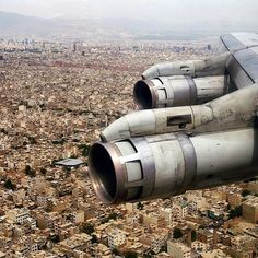 If I saw engines like that on a plane I was in, I would be absolutely terrified