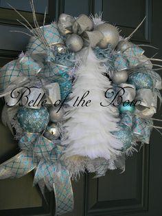 <3 Snow Inspired Christmas Wreath   Wreaths