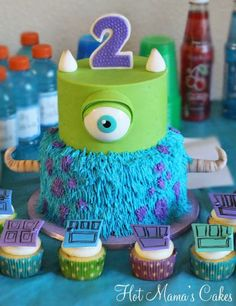 Monsters Inc Party! Loved making this cake! Especially Mike! I made the eye by using white fondant and greasing a small sphere pan, pushing. Monster Party, Monster Birthday Parties, Boy Birthday, Cake Birthday, Birthday Ideas, Monster University Cakes, Monster Inc Cakes, Monster University Birthday, Character Cakes