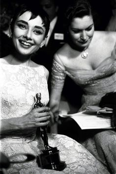 """A very happy Audrey Hepburn poses with her Oscar after winningBest Actress in a Leading Rolefor her performance inRoman Holiday, New York, March 25, 1954.  """"I received this extraordinary Oscar so early that I really didn't know what hit me. I know more about the Oscar today and appreciate it more than that day. I knew I won a prize and that it was a movie prize."""" - Audrey Hepburn during an interview withLarry King,October 21, 1991"""