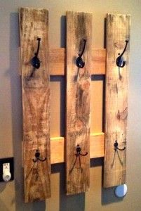 This is a simple, but useful, way to use a pallet ... just add hooks!