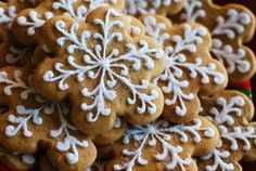 Google Image Result for http://www.recipestap.com/wp-content/plugins/wp-o-matic/cache/9f0cc_gingerbread%2Bcookies.jpeg