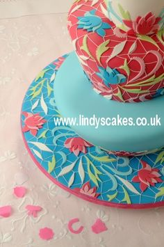 One of the prettiest wonky cakes I've ever seen!!