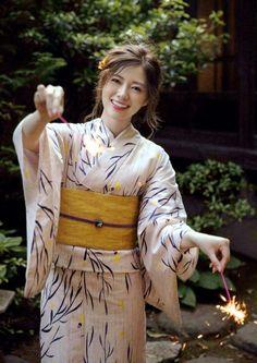 Japan Woman, Japan Girl, Korean Beauty, Asian Beauty, Pretty Girls, Cute Girls, Japanese Models, Girl Bands, Yukata