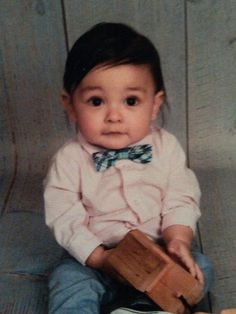 Vote for me please baby Mario www.cutekid.com