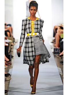 Oscar de la Renta Spring 2013 - an unbalanced hemline - oddly works - #chic #fashion #runway