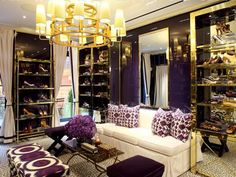How to Get the Tory Burch Look at Home via Love the elegant curtains ( perfect for my living room) and chanderlier Interior Design, Luxury Interior, Interior Ideas, Dressing Room Closet, Dressing Rooms, Tory Burch, Living Colors, Modern, Dream Closets
