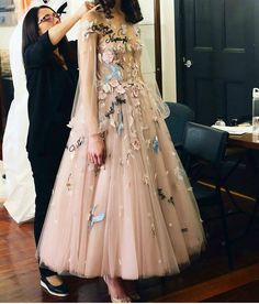 Buy Princess A-Line Long Sleeve Blush Pink Tulle Prom Dresses with Embroidery Homecoming Dress online.Shop short long ombre prom, homecoming, bridesmaid evening dresses at Couture Candy Cocktail party dresses, formal ball gowns in ombre colors. Prom Dresses Long With Sleeves, Cheap Bridesmaid Dresses, Homecoming Dresses, Formal Dresses, Elegant Dresses, Sexy Dresses, Pink Dresses, Fall Dresses, Dresses For Graduation