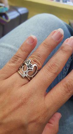 Una anillo de nuestra colección Monarca para no quitárselo nunca como bien dice Tania Islas