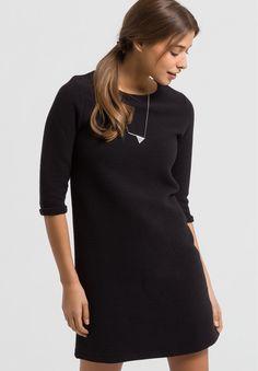 erhältlich in schwarz - Kleider Fleece Solid, 100% Baumwolle (bio), Regular fit, Fairtrade, GOTS, organic, CERES-008 - nachhaltige Materialien und faire Produktion