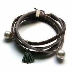 Bracelet tissu gris pois blanc et suédine gris pailleté 2 tours avec perles  nacrées ♢ bracelet 27893a2fbf9