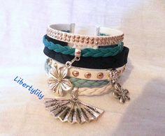 Bracelet manchette très large t Liberty bleu Fleur , simili cuir suédine strass pour femme : Bracelet par libertylily