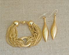Gold Toned Chain Bracelet & Drop Earrings - Sold as a Set - Free Shipping by MyAffordableVintage on Etsy